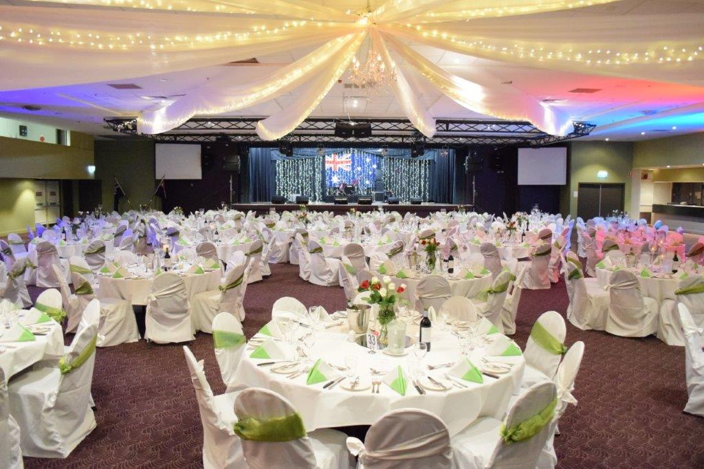 Star ceiling canopy, crystal chandelier, Australia Day Lime Green - Grand Auditorium