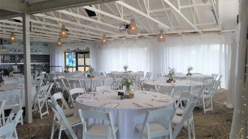 Backdrop 2 White Satin Full Malibu chairs