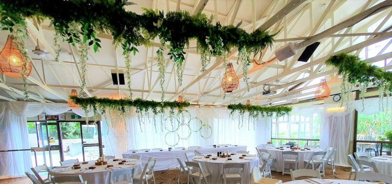 Ceiling Greenery silk branches + white wisteria