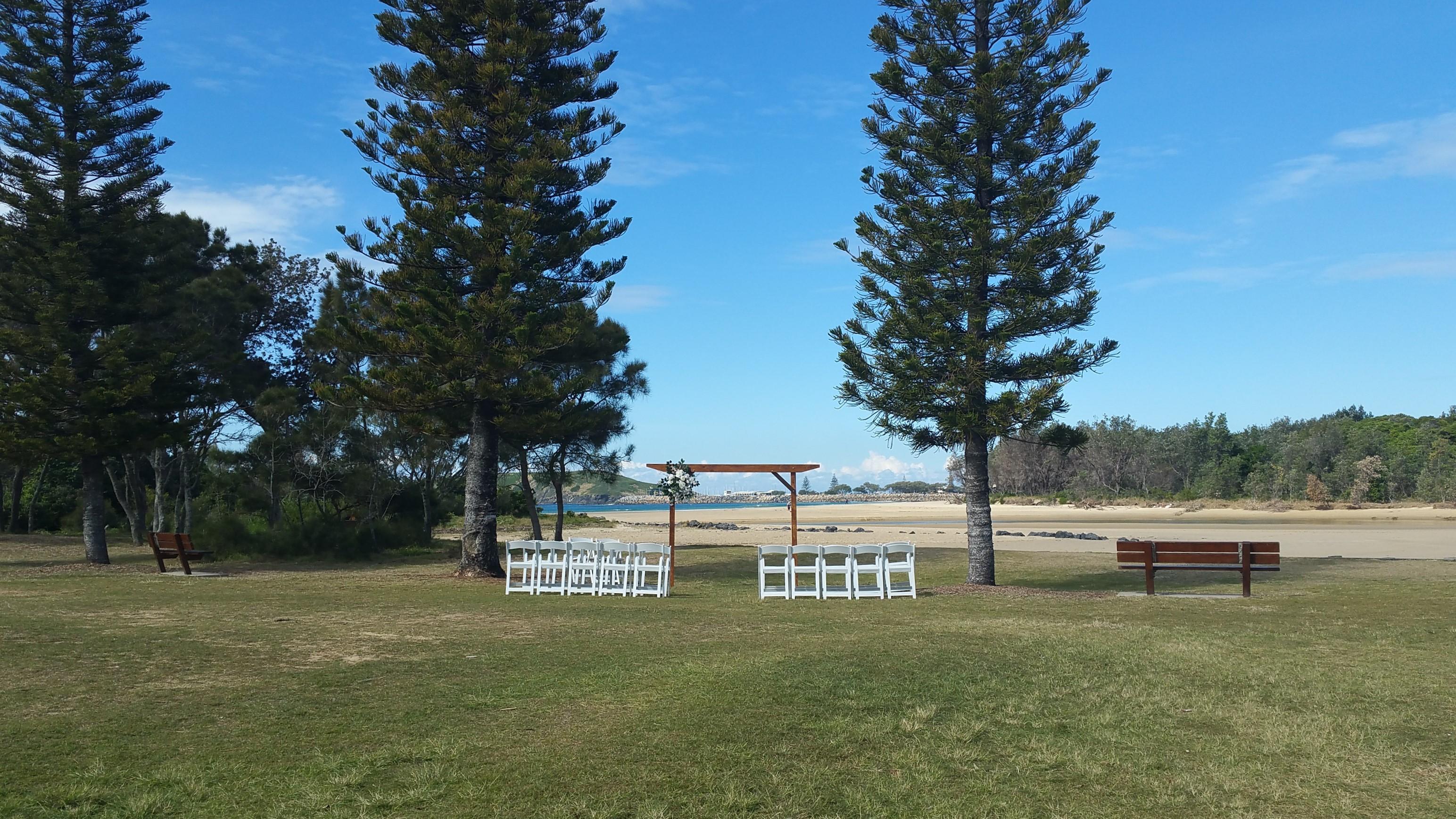 Wedding ceremony Park Beach Reserve Lawns near Surf club car park