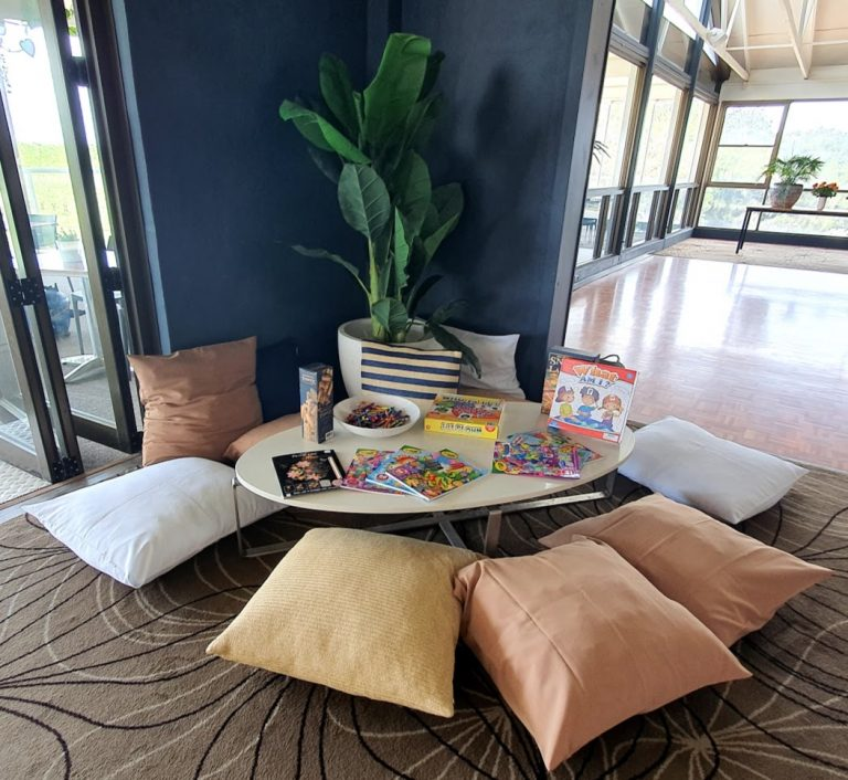 Kids corner + euro cushions